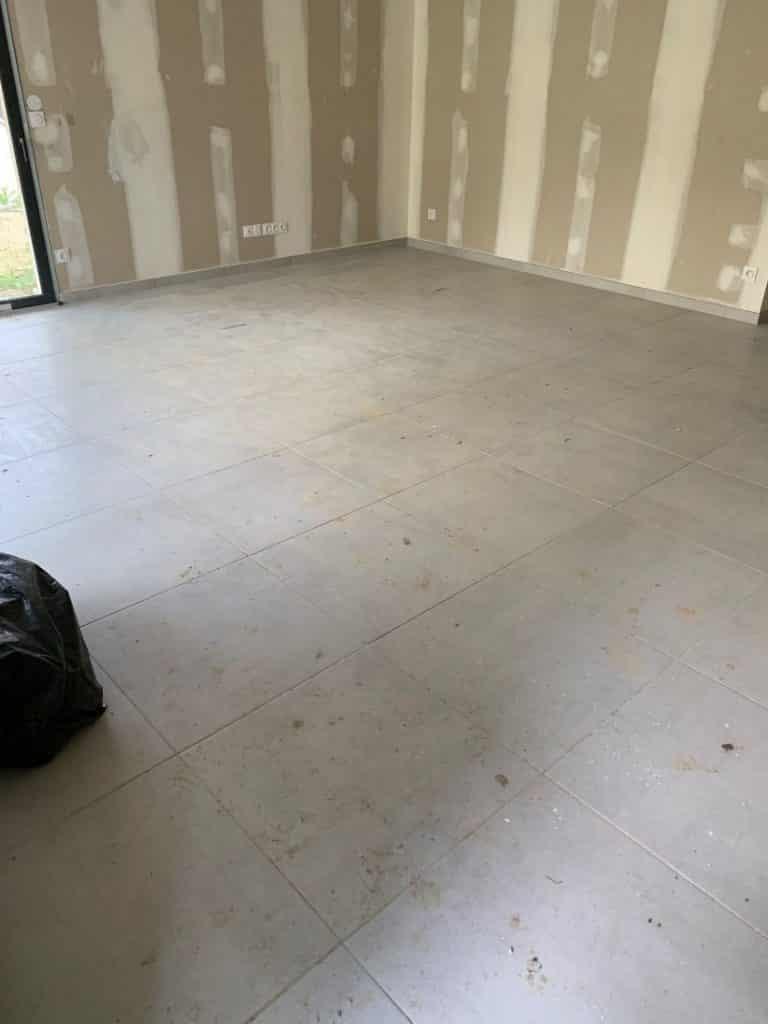 Nettoyage de fin de chantier d'une villa située à Toulouse pour notre client SFMI, DNA Propreté & Services