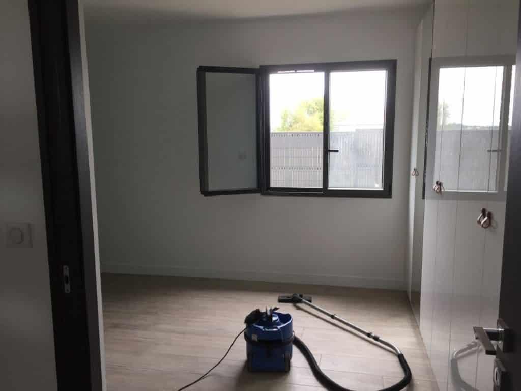 Nettoyage de fin de chantier d'une villa située à Rouffiac-Tolosan pour un particulier, DNA Propreté & Services
