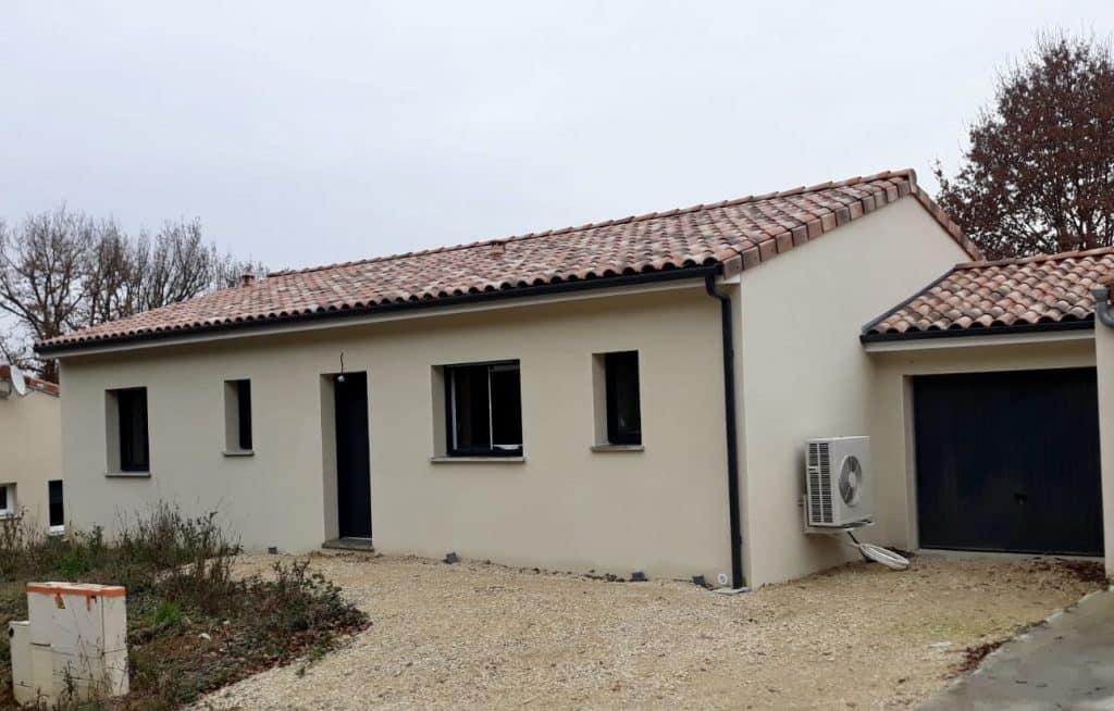 Nettoyage de fin de chantier d'une villa située à Villaudric, DNA Propreté & Services